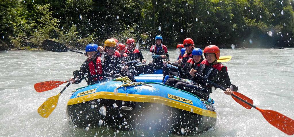 Rafting und Canyoning Abenteuer Wochenende für Familien