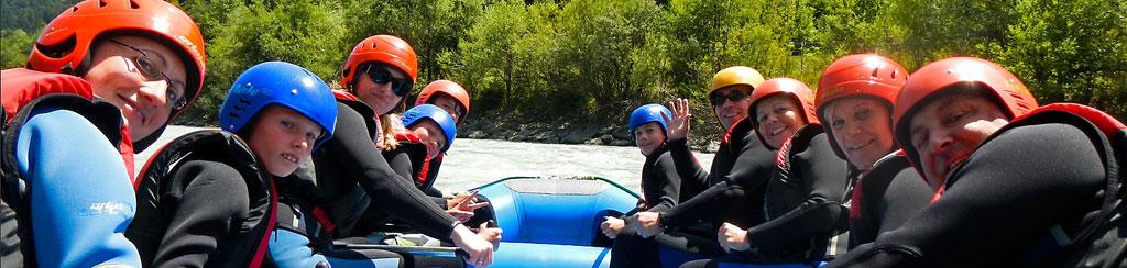 Familien Erlebnis mit Kanutour, Kajakkurs, Rafting und Canyoning